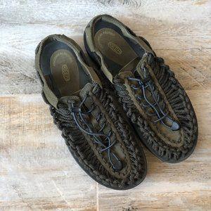 EUC Keen Uneek Sandals - Men's 9/EU 42